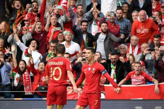Cristiano Ronaldo foi o cara da classificação de Portugal (Foto: AFP)