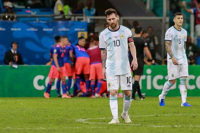 Messi lamenta gol do atacante Roger Martínez no jogo Argentina x Colômbia, realizado nesse sábado (15) na Arena Fonte Nova, na primeira rodada da Copa América