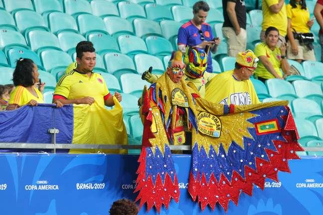 Torcida durante a partida entre Argentina e Colômbia, na noite deste sábado (15), Grupo B da Copa América Brasil 2019, na Arena Fonte Nova, no centro de Salvador.