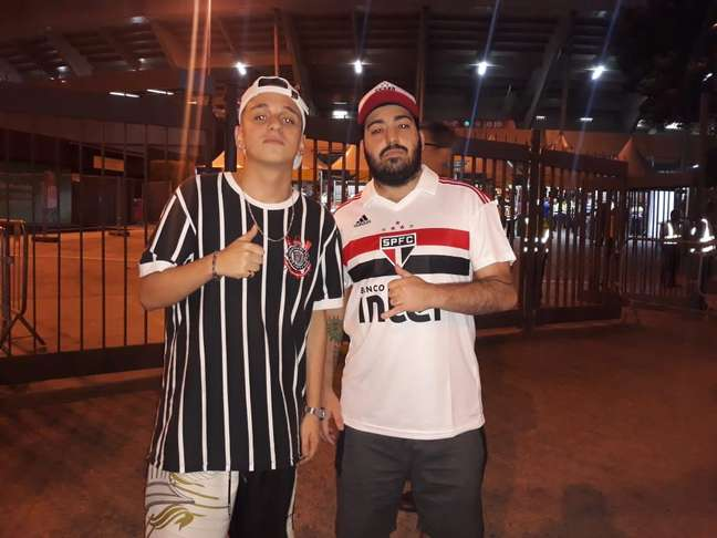 Rivais entre clubes, amigos se juntaram para ver jogo na Copa América