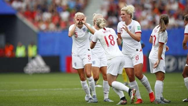 Inglaterra garantiu a classificação (Foto: Reprodução)