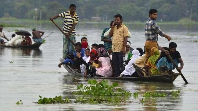 Inundações causaram destruição em Assam, na Índia