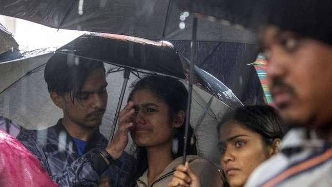 Chuvas torrenciais destruíram muitas casas em Katmandu, capital do Nepal