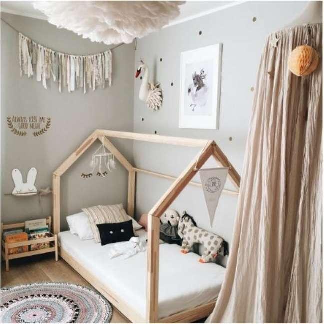 10. A decoração neutra é um traço comum entre os quartos montessorianos