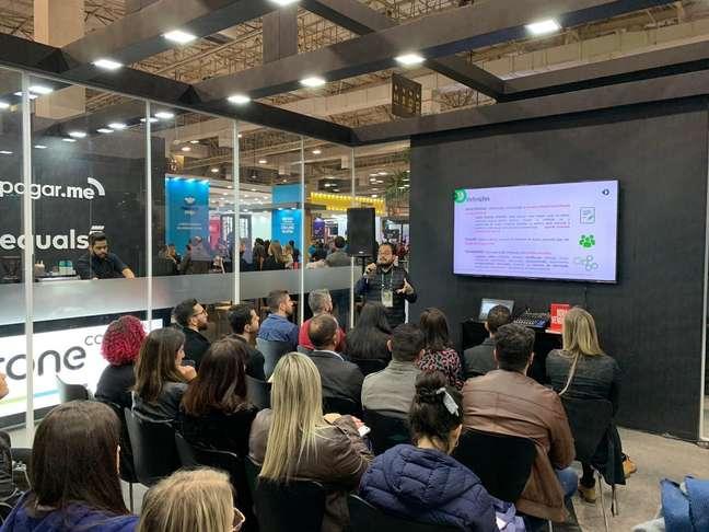 O diretor jurídico da Stone, Gabriel Cohen, palestra no Fórum E-commerce 2019, evento do setor varejista que ocorreu em São Paulo (SP), na última quarta-feira (17) e quinta-feira (18)