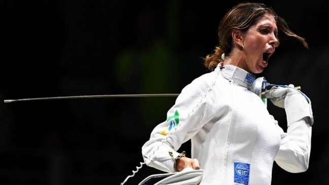 Nathalie levou o bronze na esgrima (AFP)