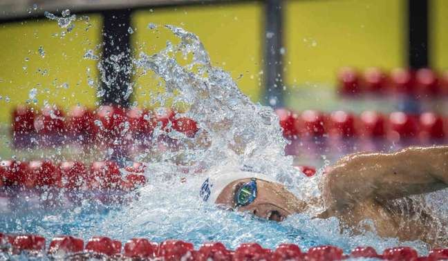 Fernando Scheffer conquista ouro nos 200m livre masculino (Jonne Roriz/COB)