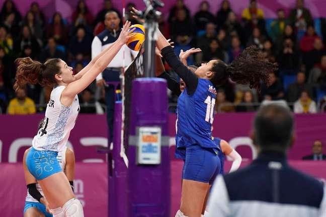 Seleção feminina de vôlei perdeu a disputa do bronze para a Argentina