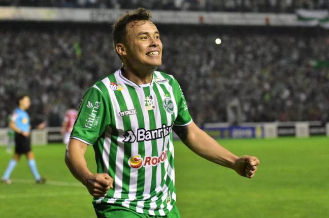 Renato Cajá foi o herói do jogo (Foto: Reprodução/Juventude)