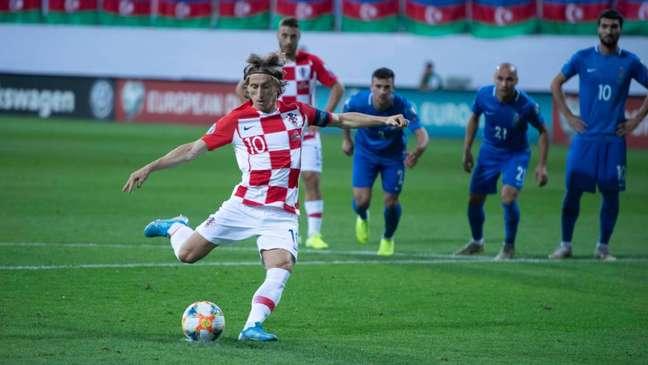 Modric marcou o gol da Croácia contra o Azerbaijão (Foto: Reprodução/Twitter)