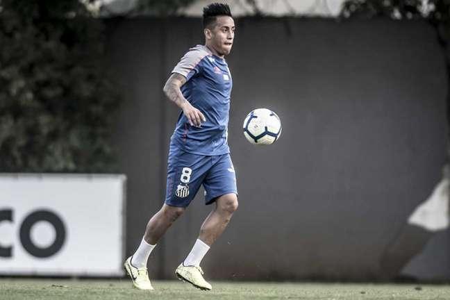 Cueva foi relacionado pelo técnico Jorge Sampaoli no Santos (Foto: Ivan Storti/Santos)