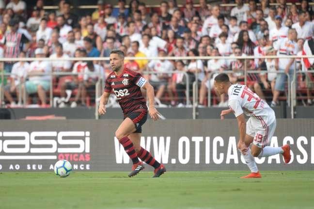 Diego, lesionado, é baixa no Flamengo (Foto: Alexandre Vidal/Flamengo)