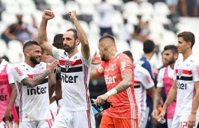 Juanfran, lateral do São Paulo, concedeu uma ótima entrevista para a SPFCTV(Foto: Rubens Chiri/saopaulofc.net)