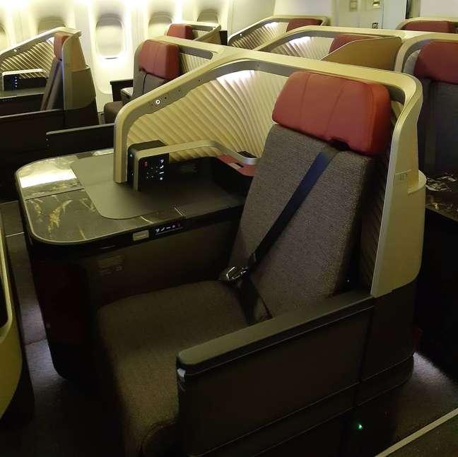 A aeronave terá novas cabines, com mais espaço para os pés e capacidade para até 410 passageiros