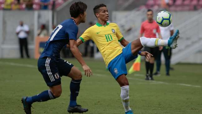 Pedrinho foi um dos que se salvou e teve boa atuação (Rafael Melo/MyPhoto Press/Lancepress!)