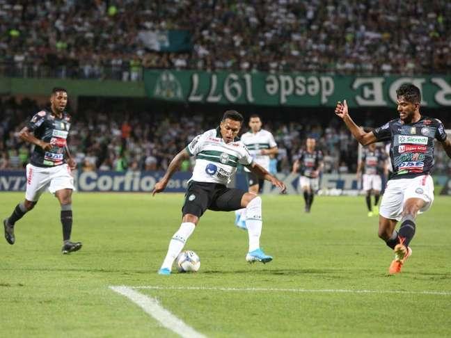 Couto Pereira recebeu mais de 21 mil torcedores nesta quinta-feira (Foto: Divulgação/Coritiba)
