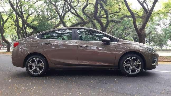 Chevrolet Cruze tem as características de um bom sedã, mas não vende.