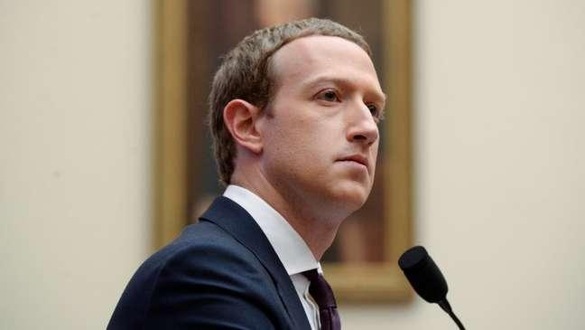 Em depoimento no Congresso americano, Mark Zuckerberg defendeu Facebook