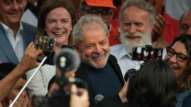 Lula foi libertado após 19 meses na prisão