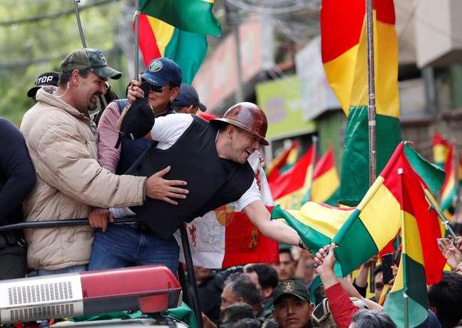 Líder civico de oposição Luis Fernando Camacho durante protesto contra Evo Morales em La Paz 10/11/2019 REUTERS/Carlos Garcia Rawlins