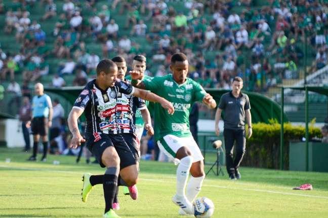Guarani bateu o Operário-PR em Campinas, na tarde deste sábado (Foto: Matheus Lima/Gazeta Press)