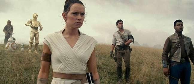 Da esquerda para a direita: Daisy Ridley (Rey),Oscar Isaac (Poe Dameron) e John Boyega (Finn). Os três estão confirmados na CCXP 2019.