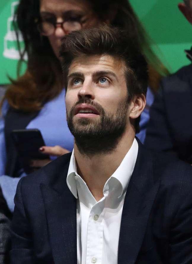 Tênis - Semifinal - La Caja Mágica, Madri, Espanha. 23/11/2019. O CEO da Kosmos e jogador do Barcelona Gerard Piqué assiste a partida em Madri. REUTERS/Sergio Perez