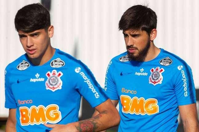 Bruno Méndez seria convocado pelo Uruguai, assim como Araos foi pelo Chile, não fosse a cirurgia no púbis (Foto: © Daniel Augusto Jr. / Ag. Corinthians)