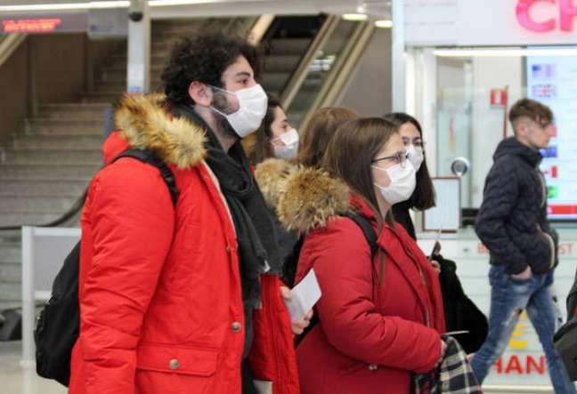 Casos de coronavírus passam de 11 mil na China