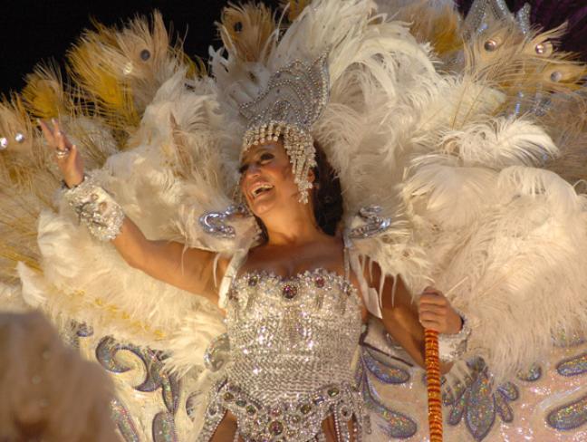 Susana Vieira desfila na novela 'Senhora do Destino '