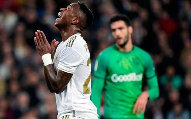 Vinícius júnior tem boa atuação e foi o melhor do Real Madrid no jogo (Foto: JAVIER SORIANO / AFP)