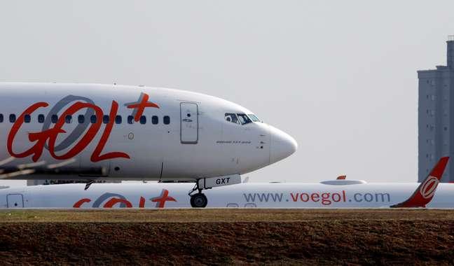Avião da Gol se prepara para decolar do aeroporto de Congonhas em São Paulo, Brasil  09/08/2017 REUTERS/Paulo Whitaker