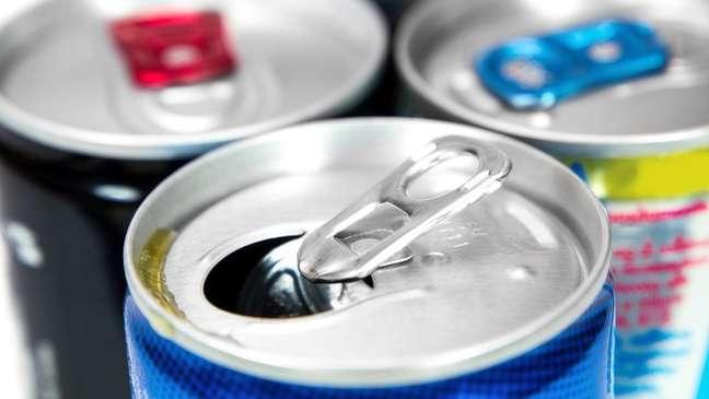 Dois dos principais componentes dos energéticos preocupam especialmente: a cafeína e o açúcar