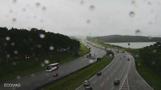 Tempo instável, com chuva e neblina, pode prejudicar a viagem do motorista que passa pelo sistema Anchieta-Imigrantes.