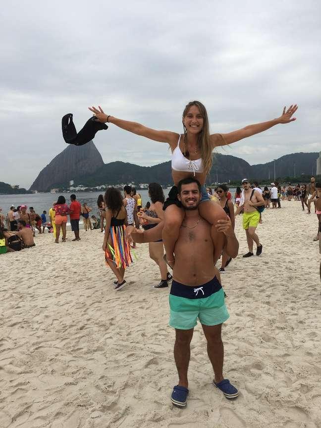 Os argentinos Anabel e Franco vieram ao Brasil especialmente para curtir o Carnaval
