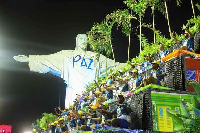 Unidos da Tijuca fez um dos desfiles mais elogiados da noite