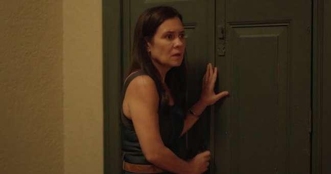 Thelma, a malévola da novela: comportamento doentio justificado pelo amor maternal
