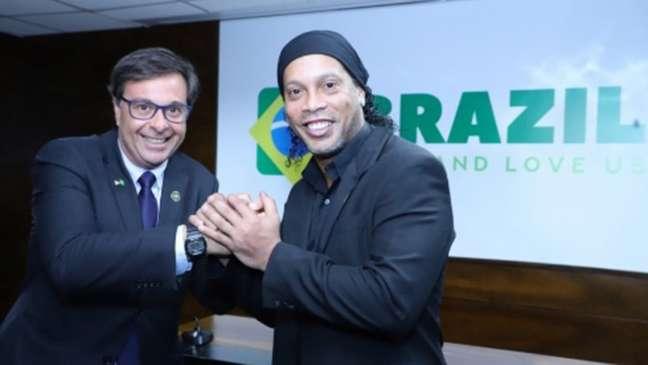 Ronaldinho foi embaixador do turismo do governo de Jair Bolsonaro (Foto: Divulgação/Instagram)
