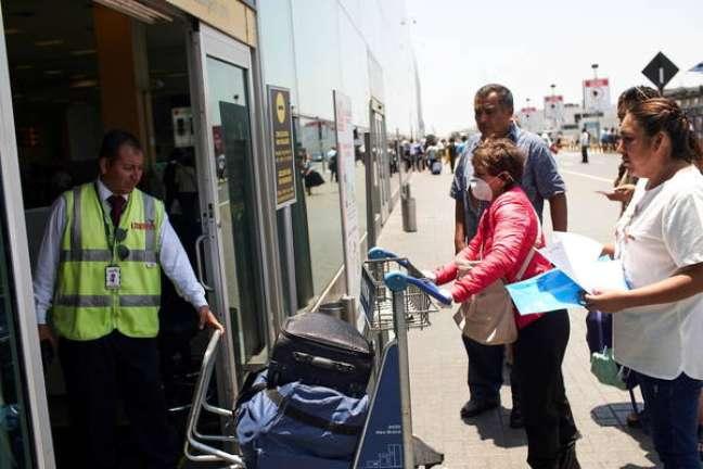 Peru fechou completamente as fronteiras