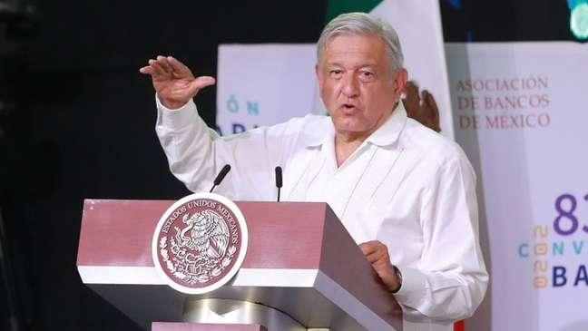 Presidente do México Andrés Manuel López Obrador disse que situação em seu país não justifica restrição de voos ou outras medidas importantes