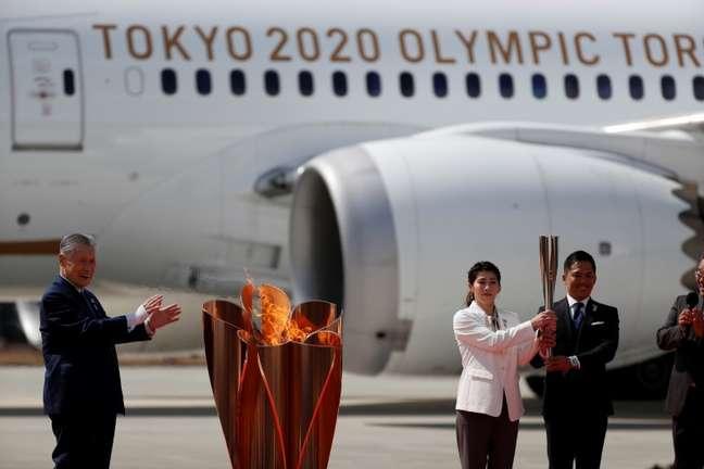Chegada da chama olímpica ao Japão para os Jogos de Tóquio 20/03/2020 REUTERS/Issei Kato