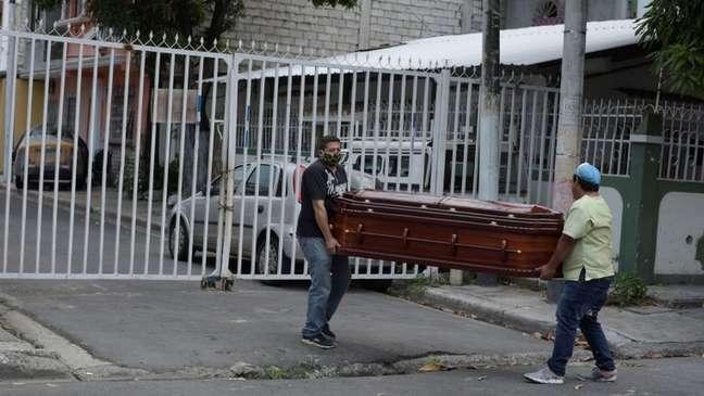 Equador é um dos países da região com mais casos confirmados e mortes por covid-19
