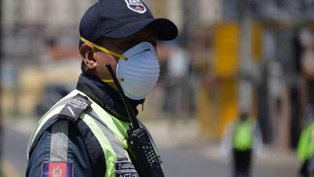 Crise do coronavírus já está virando uma emergência humanitária nas grandes cidades equatorianas
