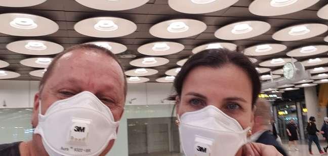 Marcio e Salete não receberam instruções nem foram recebidos por órgãos da saúde quando chegaram da Itália