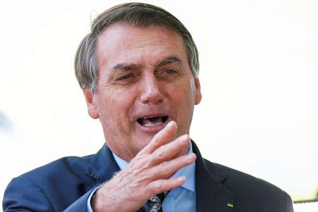 Bolsonaro tem se posicionado contra o isolamento social 09/04/2020 REUTERS/Adriano Machado