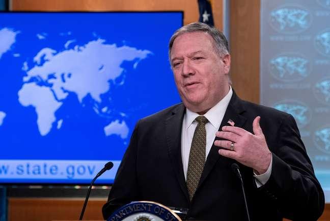Secretário de Estado norte-americano, Mike Pompeo 22/04/2020 Nicholas Kamm/Pool via REUTERS/