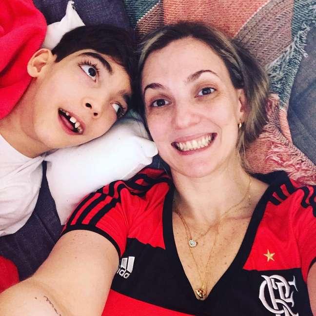 Arthur e Márcia Magalhães, youtuber do canal Dicas Especiais.