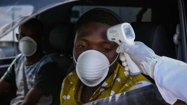 A África tem um número relativamente baixo de infecções e mortes quando comparado a outras regiões do mundo