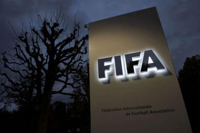 Fifa adia competições como Copa do Mundo Feminina sub-20 e sub-17 (Foto: Fabrice Coffrini / AFP)