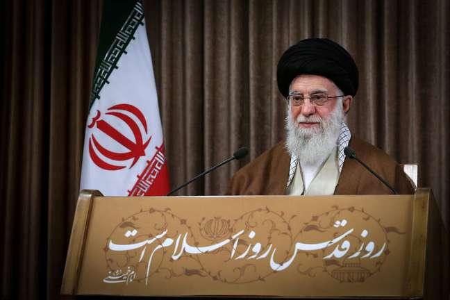 Líder supremo do Irã, aitolá Ali Khamenei, discursa em Teerã 22/05/2020 Site Oficial de Khamenei/Divulgação via REUTERS